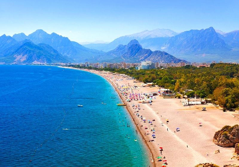 Konyaaltı Strand in Antalya