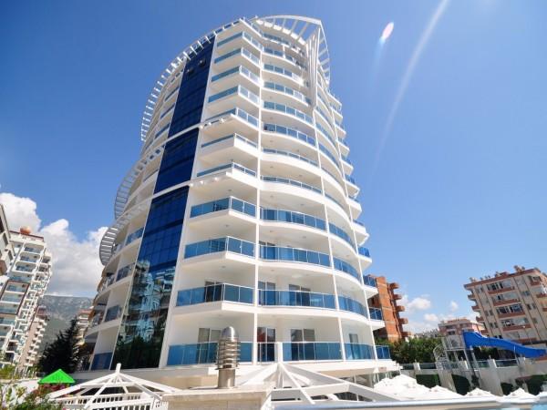 Stilvolle Wohnung in einem neuen Komplex mit langfristigem Zahlungsplan zu verkaufen.