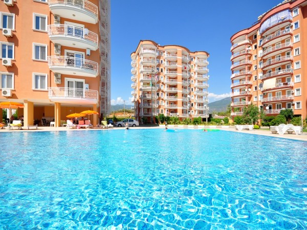 Affordable apartments for family holidays in lovely complex in Alanya