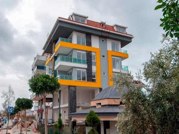 Cozy 3 bedroom apartment in stylish residential complex in Alanya