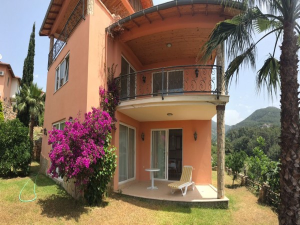Affordable garden floor apartment with garden in Alanya