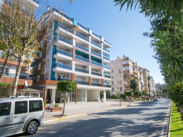 Fantastic downtown penthouse apartment with stunning views in Alanya