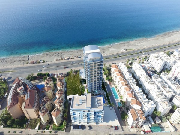 Superb new residential project right on the beachfront in Alanya