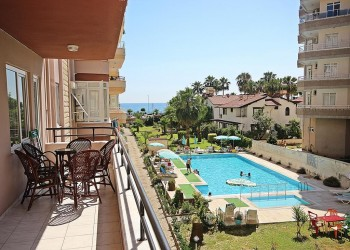 Extra spacious and nicely furnished 2 bedroom for sale in Alanya