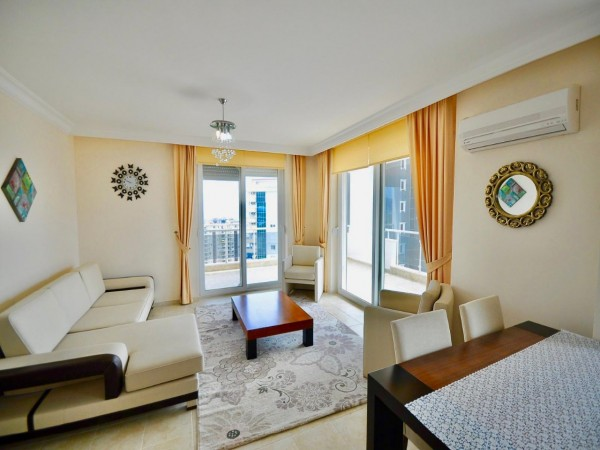 Large 2 bedroom with beautiful airy views for sale in Alanya