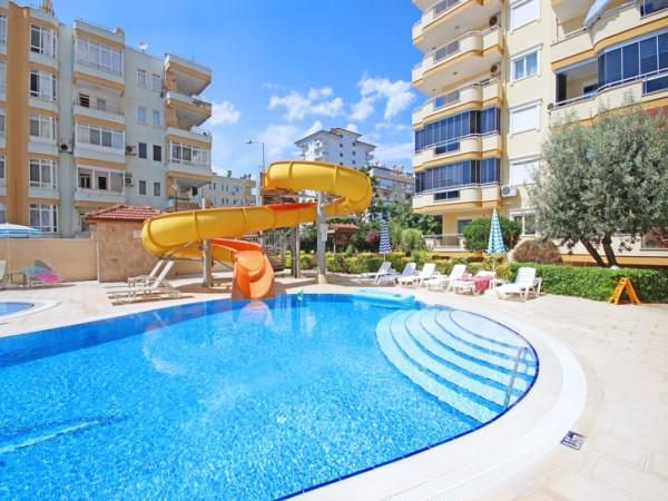 Wunderschöne voll möblierte 2-Zimmer-Wohnung in Mahmutlar Alanya
