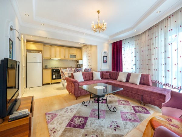 Very nicely furnished 2 bedroom apartment for sale in Alanya