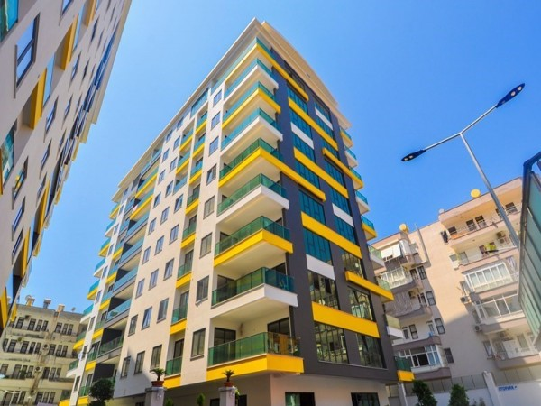 Splendid 3 bedroom apartment with large living surface in Alanya