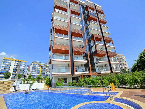 High quality 2 bedroom apartment in residential complex for sale in Alanya