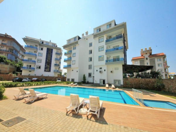 Lovely 2 bedroom apartment with large living surface for sale in Alanya