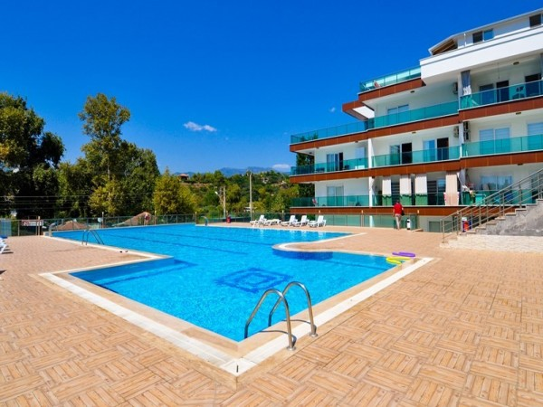 Spacious and fully furnished 1 bedroom apartment for sale in Alanya