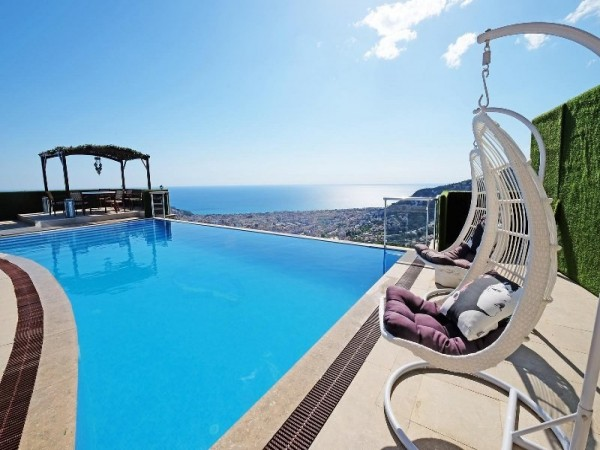 Exceptional private villa with 3 bedroom and fantastic views in Alanya