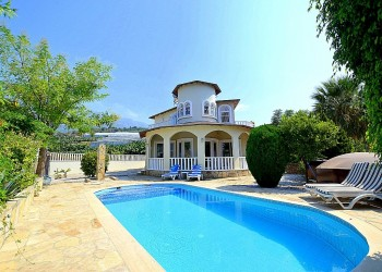 Mediterranean style high quality private villa for sale in Alanya