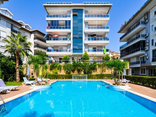 Deluxe 3 bedroom fully furnished apartment in new complex in Alanya