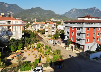 Extra spacious 5 bedroom at bargain price for sale in Alanya