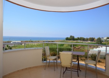 Affordable 2 bedroom apartment close to the beach for sale in Alanya