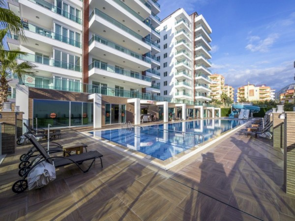 2 bedroom apartment in well equipped residential complex for sale in Alanya