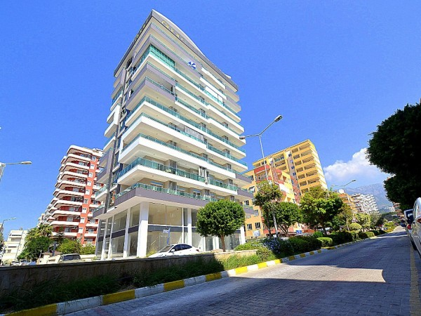 Neat 2 bedroom apartment with large living surface for sale in Alanya