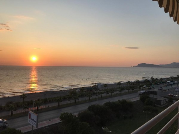 Fully furnished luxury 2 bedroom apartment with gorgeous views in Alanya