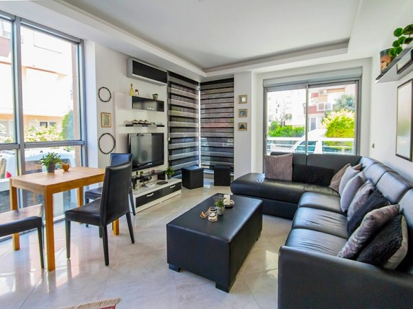 2 bedroom apartment for sale including all stylish furniture in Alanya