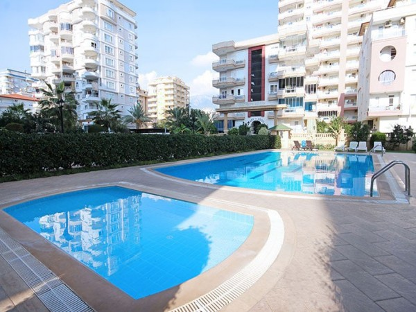 Fully furnished cozy 2 bedroom centrally located for sale in Alanya