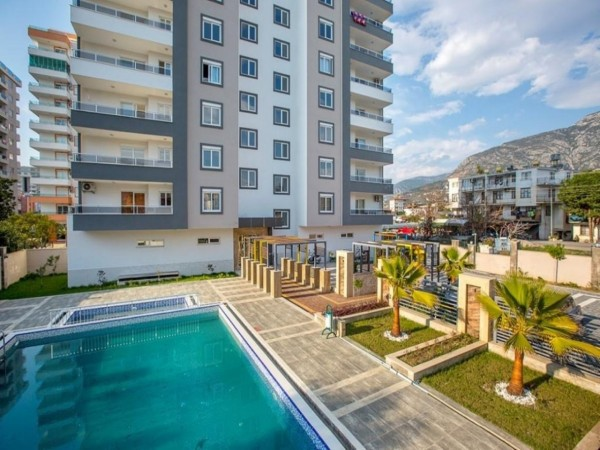 High quality fully furnished 2 bedroom apartment for sale in Alanya