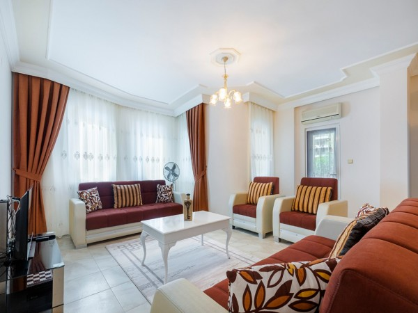 Beautifully renovated affordable 2 bedroom for sale in Alanya
