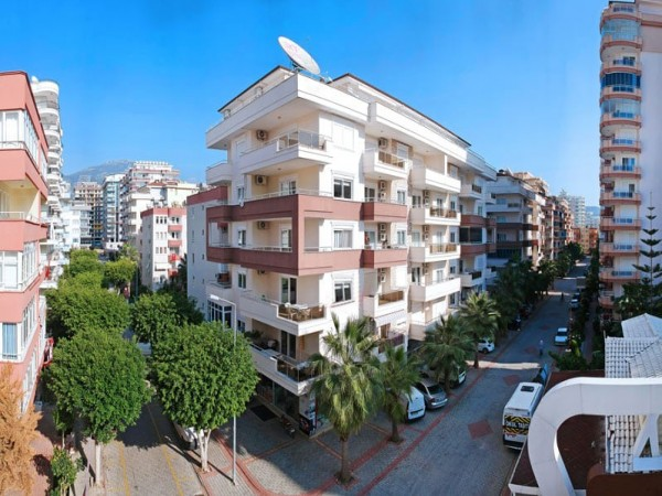 Lovely 2 bedroom fully furnished apartment for sale in Alanya