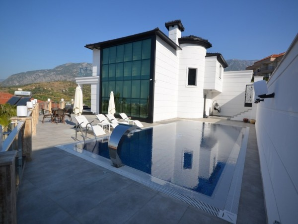 Very special ultra luxury private villa for sale in Alanya