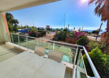 Charming furnished 2 bedroom apartment for sale in Alanya