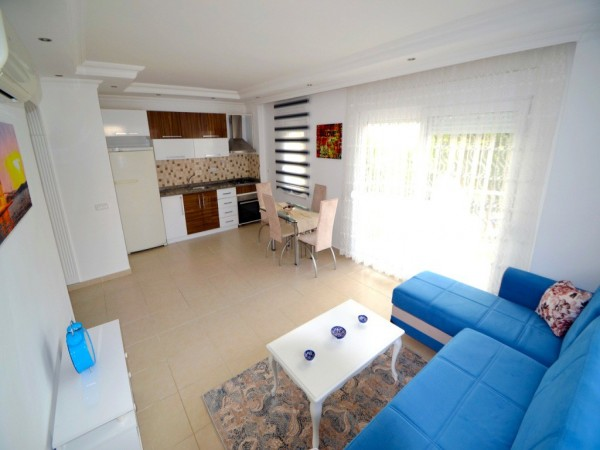 Nicely furnished 2 bedroom apartment for sale in Alanya