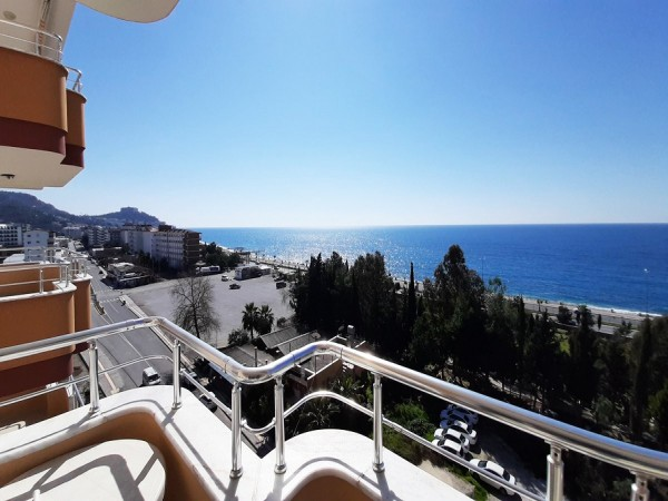 Stylish 2 bedroom fully furnished apartment for sale in Alanya