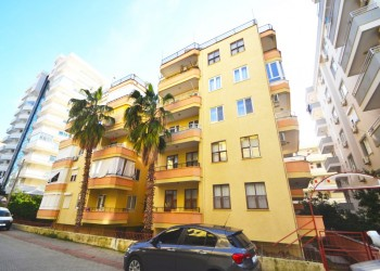 Extra affordable 2 bedroom apartment with large living surface in Alanya