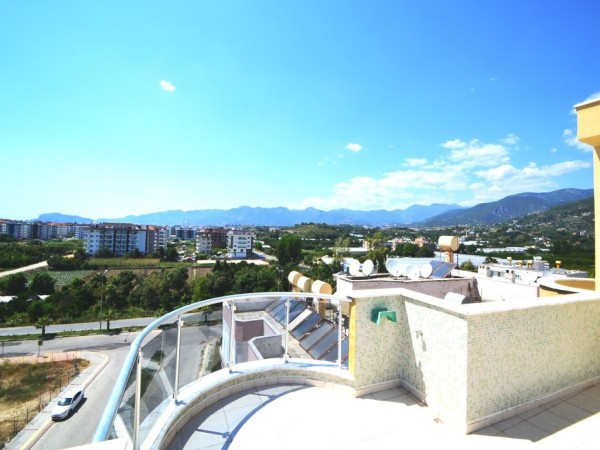 Most affordable 3 bedroom penthouse with roof terrace in Alanya