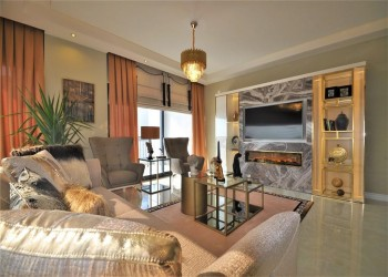 Very exclusive 2 bedroom apartment with designer furniture for sale in Alanya