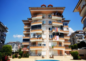 Spacious 4 bedroom penthouse in Alanya