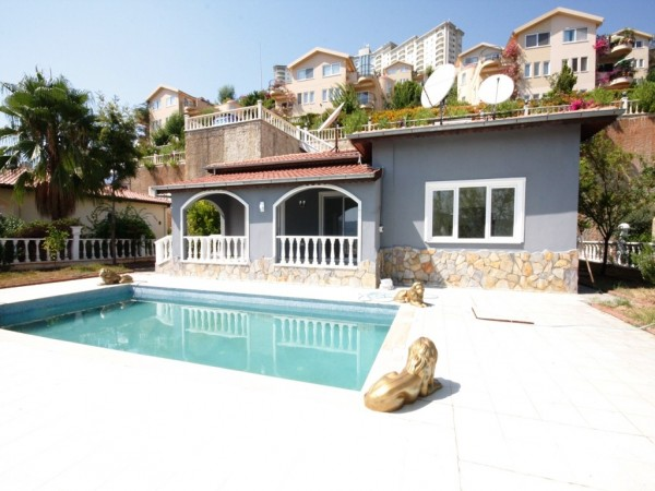 Lavish private 2 bedroom villa with a swimming pool