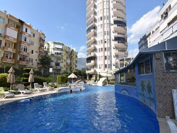 Fully furnished 2 bedroom apartment with large living surface in Alanya