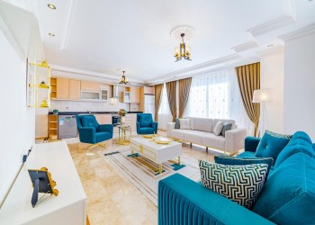 Stylish 2 bedroom apartment in established complex for sale in Alanya