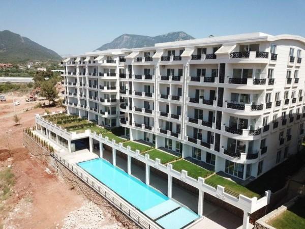 Superb residential complex in popular neighborhood in Alanya