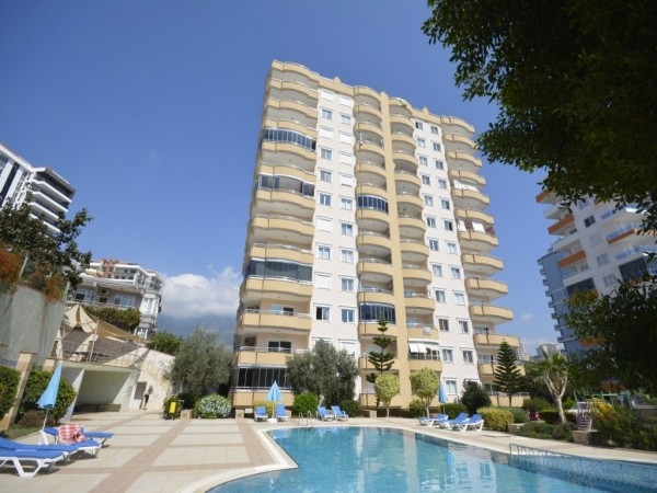 Spacious and fully furnished 2 bedroom apartment for sale in Alanya