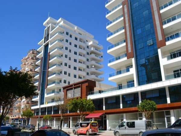 Luxurious 2 bedroom in well known complex in Alanya