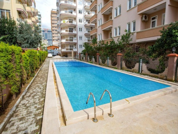 Affordable 1 bedroom apartment with large living surface in Alanya