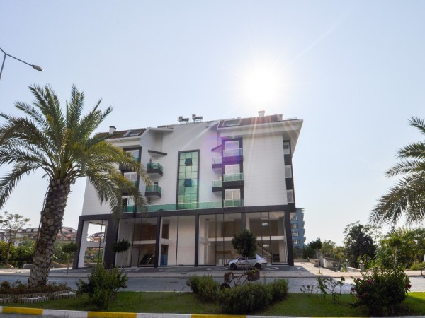 Charming 1 bedroom apartment with airy views for sale in Alanya