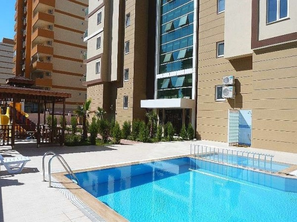 Fully furnished 1 bedroom apartment in newly completed complex in Alanya