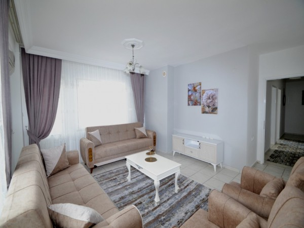 Nicely furnished bargain 2 bedroom apartment in popular Alanya