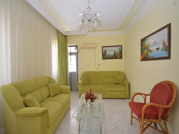 Cozy 2 bedroom apartment in charming small residential complex