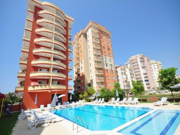 Very spacious 2 bedroom apartment in centrally located residential complex