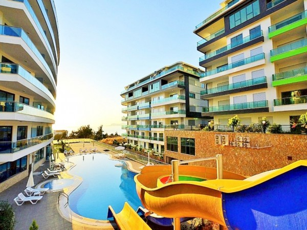 Fully furnished 1 bedroom apartment with nice sea views in Alanya