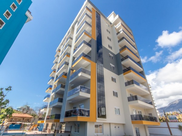 High quality 2 bedroom apartment with airy views for sale in Alanya